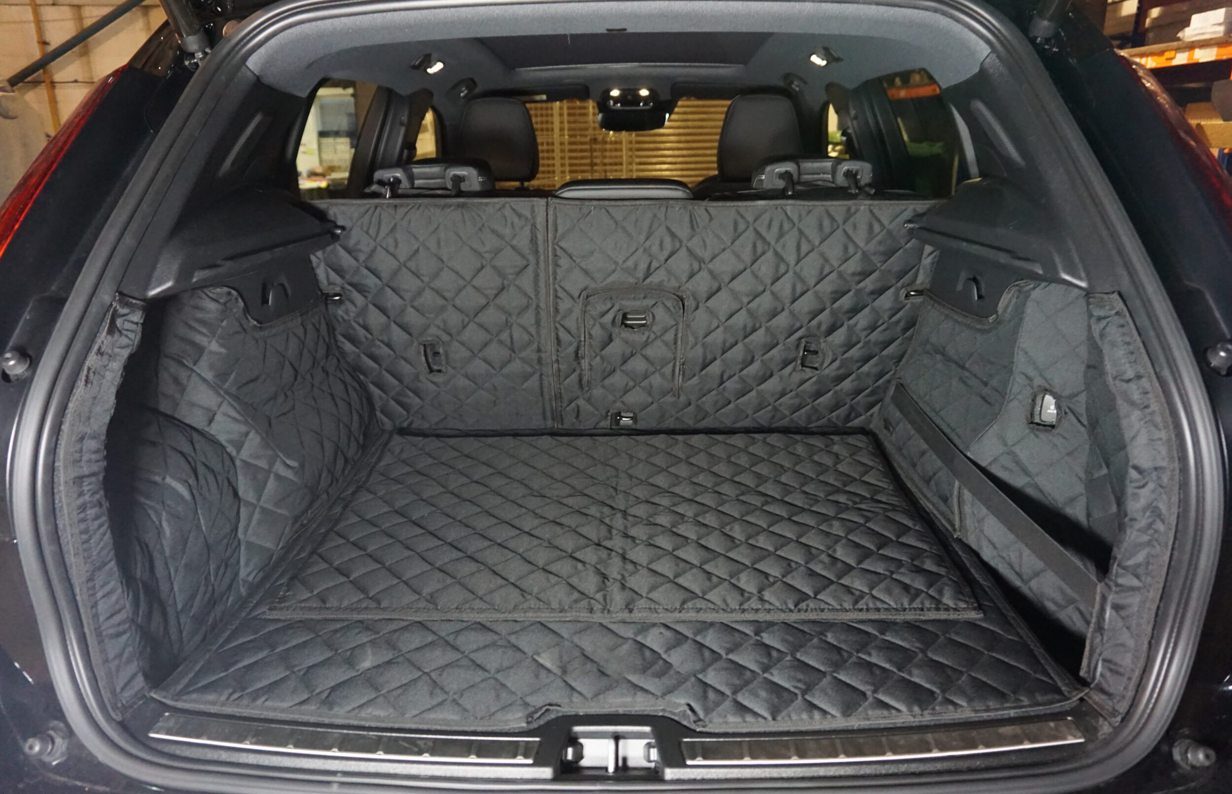 Volvo XC40 Electric 2018 – Present – Fully Tailored Quilted Boot Liner Category Image